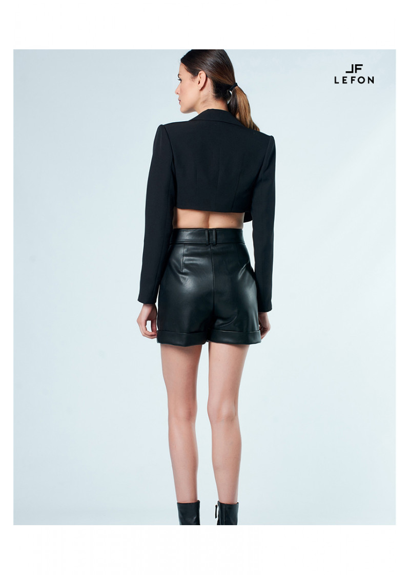 010134 HIGH RISE BELTED FAUX LEATHER SHORT